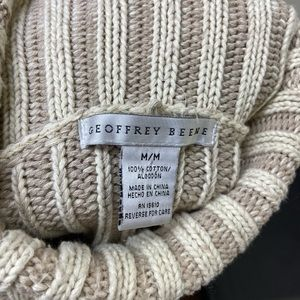 Geoffrey Beene Chunky Cable Knit Sweater M in Tan